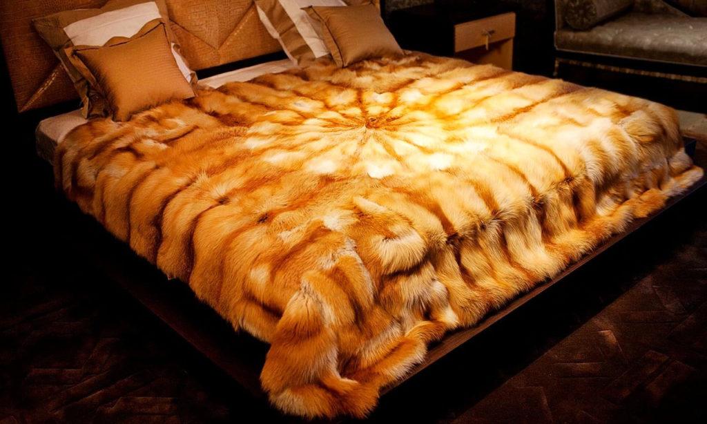 Меховые одеяла и подушки Мариан